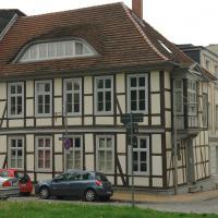 Flotow house