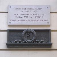 Villa-Lobos plaque
